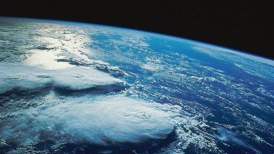 Что станет с нашей планетой, если она неожиданно остановится?