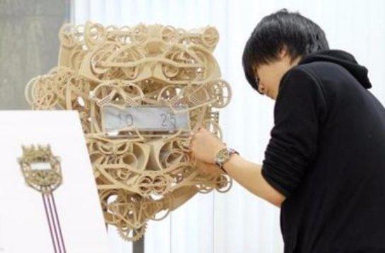 Японские студенты изобрели уникальные часы