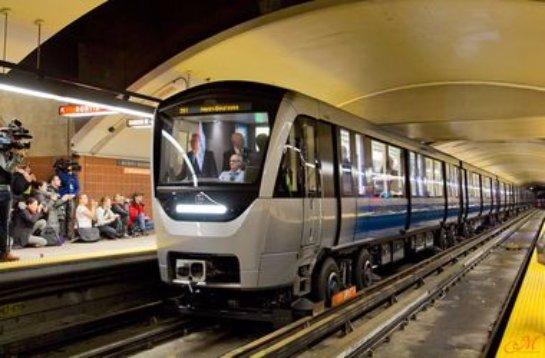 В Монреале в метро начали курсировать новые поезда