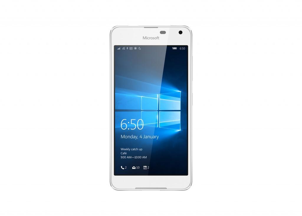 Американская корпорация Microsoft презентовала новый тонкий смартфон Lumia