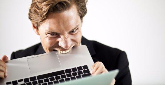 Ученые узнали, кто откровеннее ведет себя в социальный сетях
