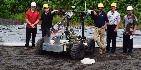 В Америке испытали робота, который будет строить посадочный полигон на Марсе