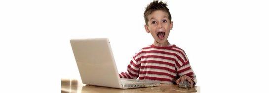 Больше половины детей в России скрывают от родителей свою активность в сети