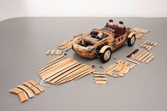 Компания Toyota представила концепт деревянного автомобиля