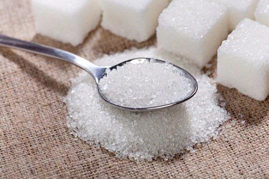 Медики установили, какая дневная норма сахара не несет вреда организму