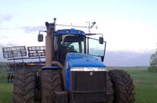 В Татарстане опробовали беспилотный трактор