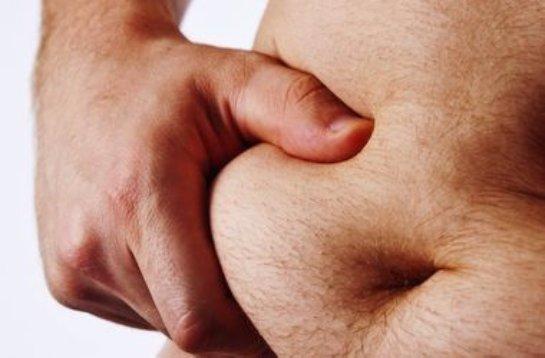 Постоянное нахождение за рулем способствует появлению лишнего веса