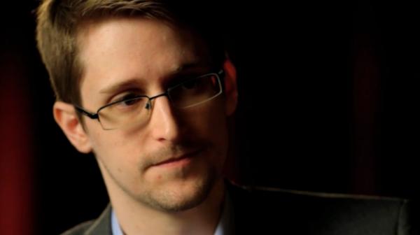 Эдвард Сноуден опасается возмездия за критику «закона Яровой»