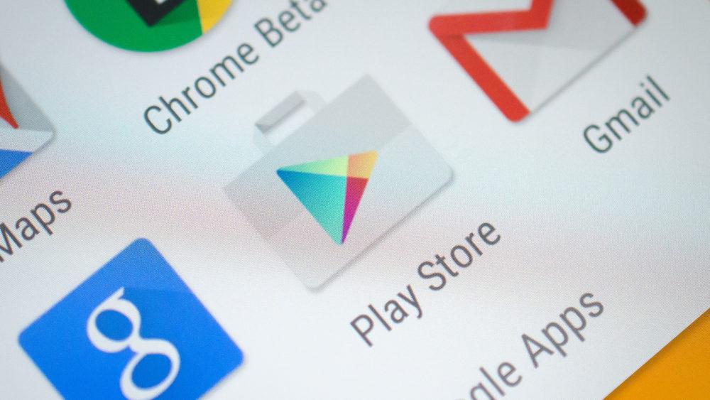 Приложение из Google Play Store больше года воровало фото и видео
