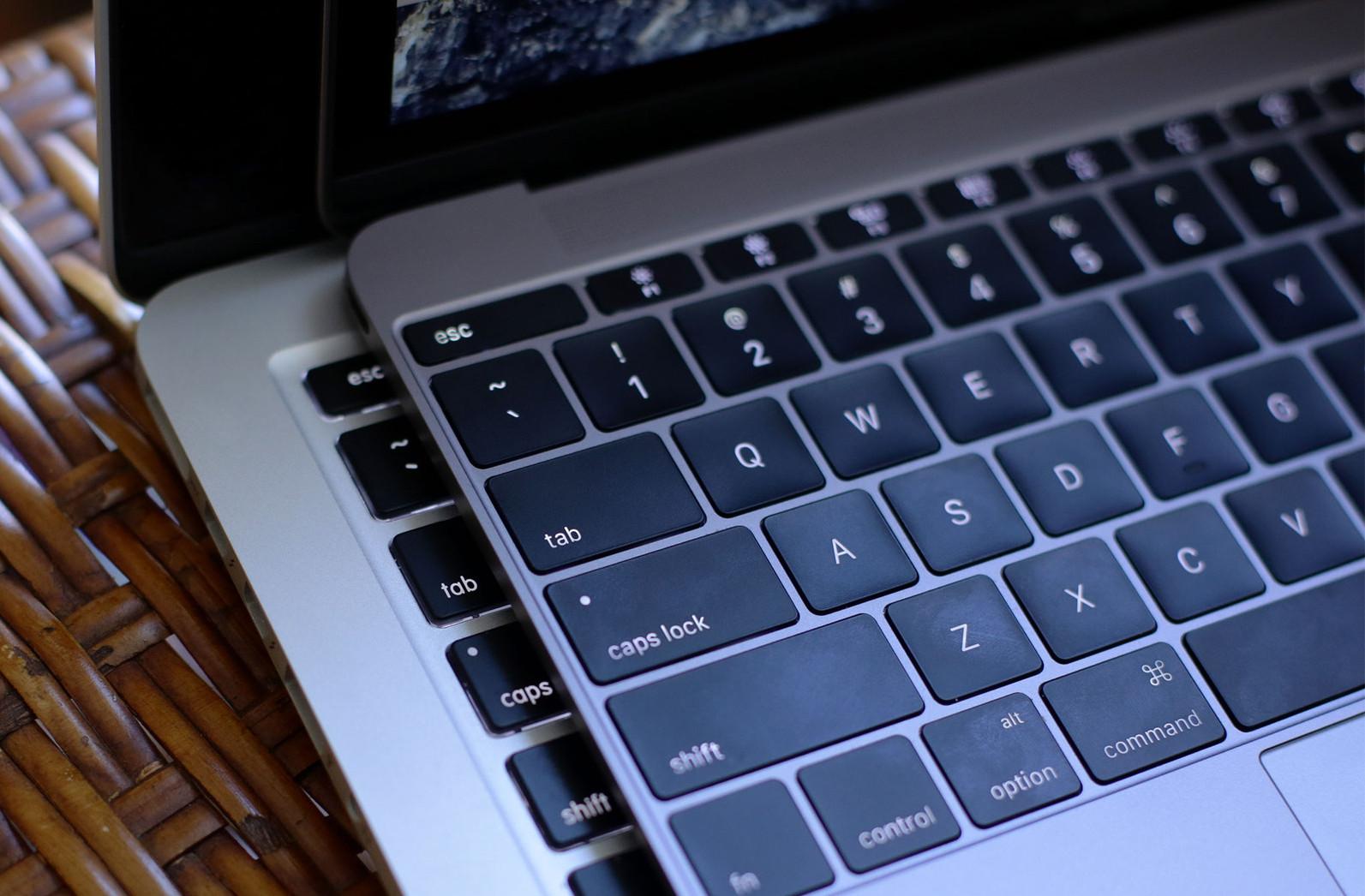 Почему компьютеры Mac плохо продаются в России