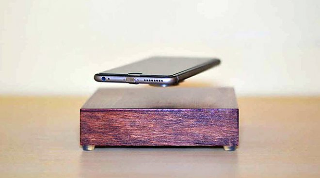 OvRcharge зарядит ваш смартфон, пока он парит в воздухе