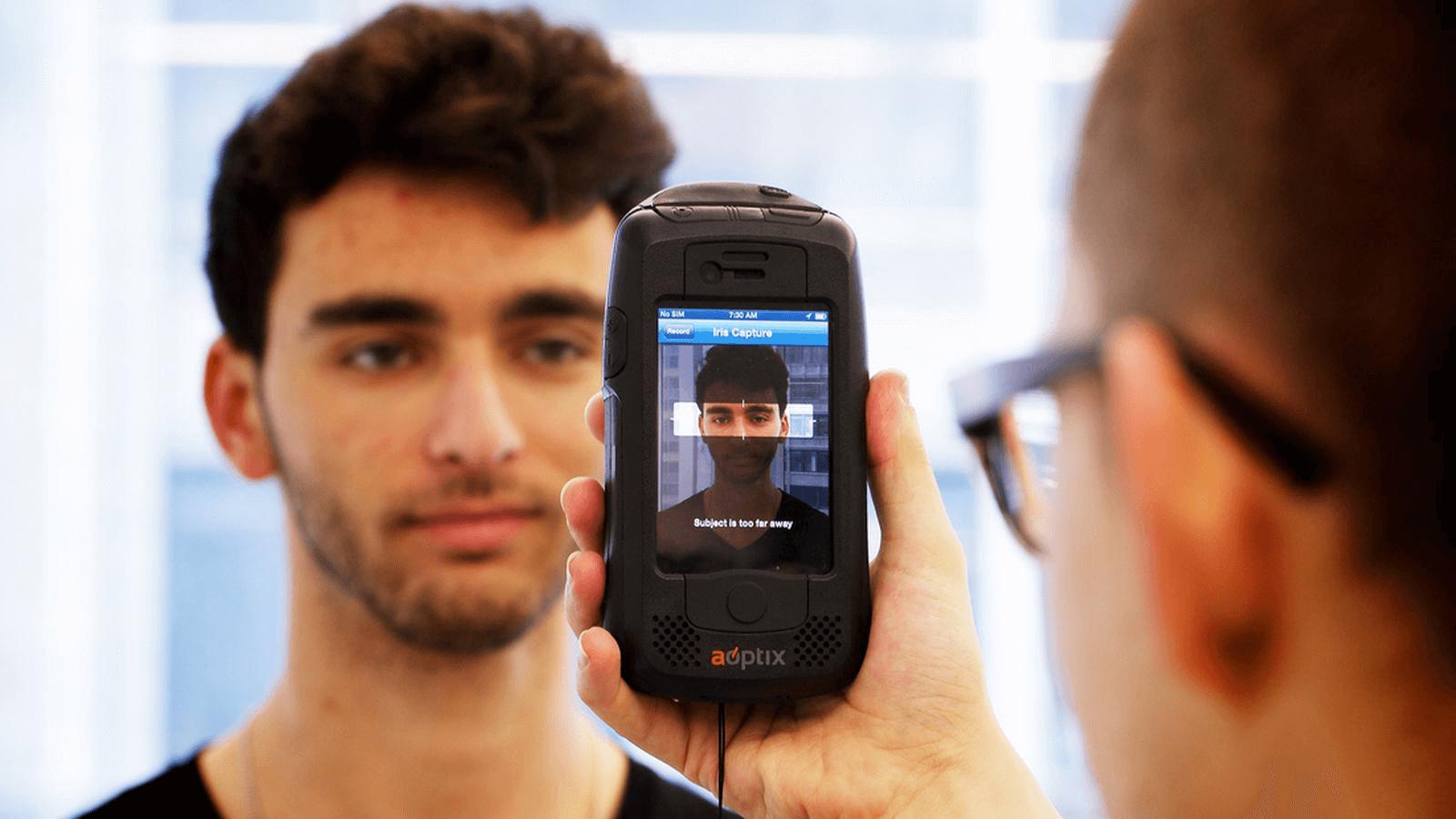 Как бы вы хотели разблокировать iPhone?