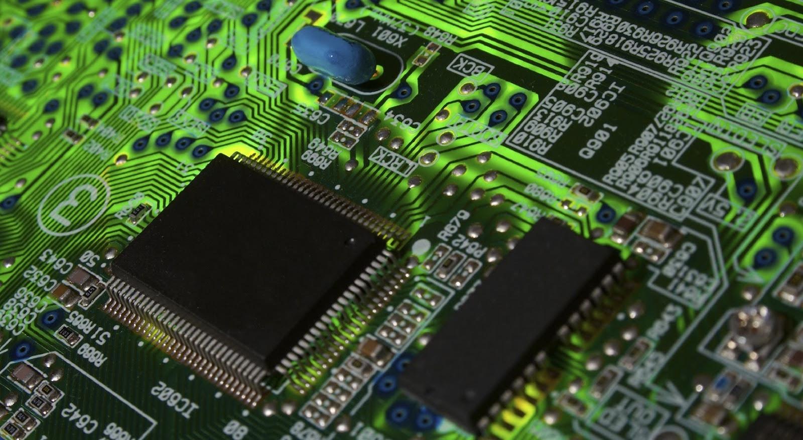 Отвечает ModMac: проблемы c экраном и микросхемами iPhone