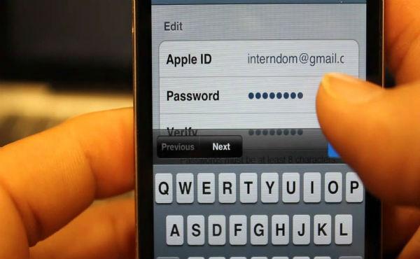 Новая фишинговая SMS-кампания нацелена на хищение учетных данных владельцев устройств Apple