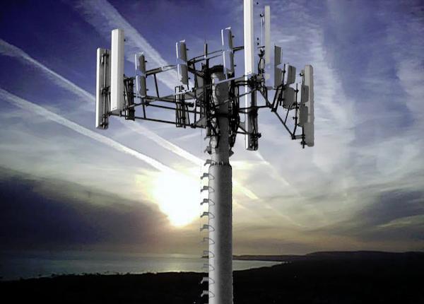 Россия намерена превратить вышки сотовой связи в «глушители ракет»