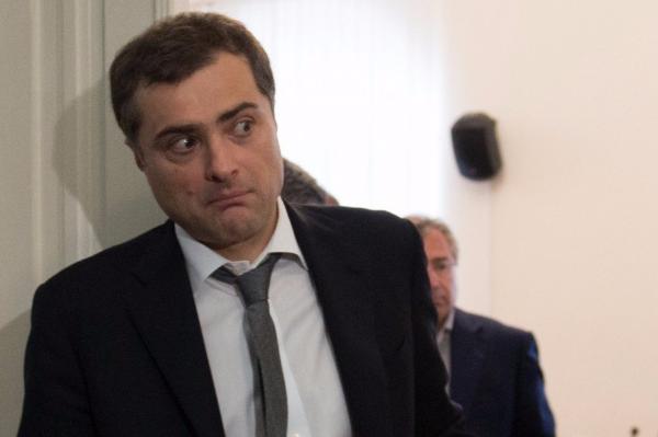 В Кремле объяснили, почему почта Суркова не могла быть взломана