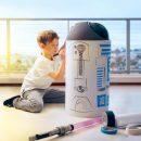 Забавный робот , похожий на R2D2, может стать полноценным членом семьи