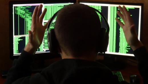 Разгневанный хакер Kapustkiy атакует посольства по всему миру