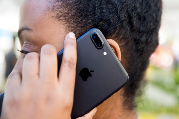 Apple сохраняет в iCloud историю звонков без ведома пользователей