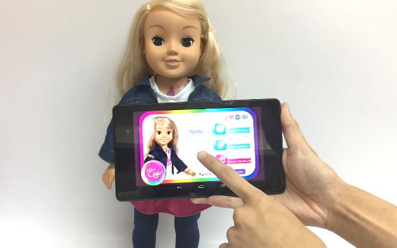 Немецкий регулятор запретил шпионящую за детьми «умную» куклу