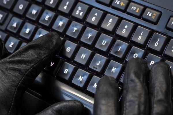Хакер оформлял карты техобслуживания от имени фирмы из Усолья-Сибирского