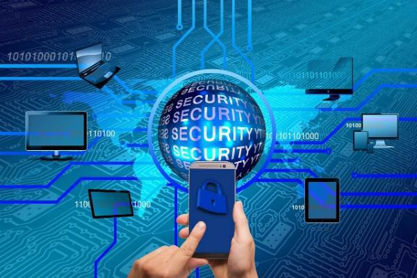 Число случаев заражения мобильных устройств вредоносами выросло на 400%