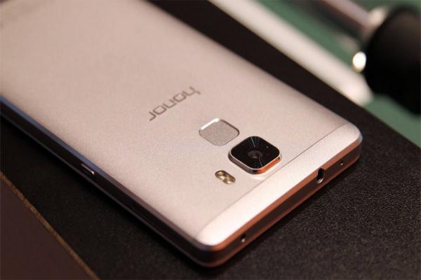 Уязвимость в HiSilicon Balong ставит под угрозу миллионы смартфонов