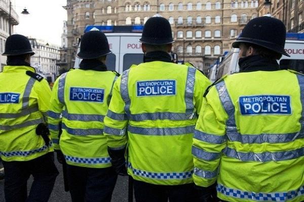 Британский полицейский уличен в покупке шпионского ПО