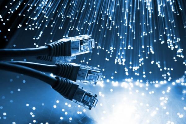 Минкомсвязи предлагает замкнуть российский интернет внутри страны