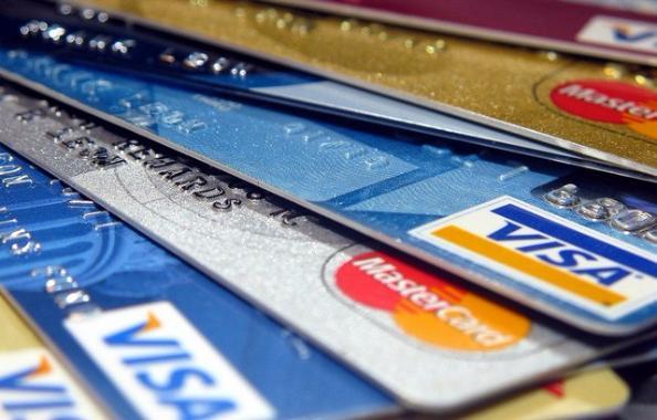 Google будет собирать данные об использовании банковских карт в физических магазинах