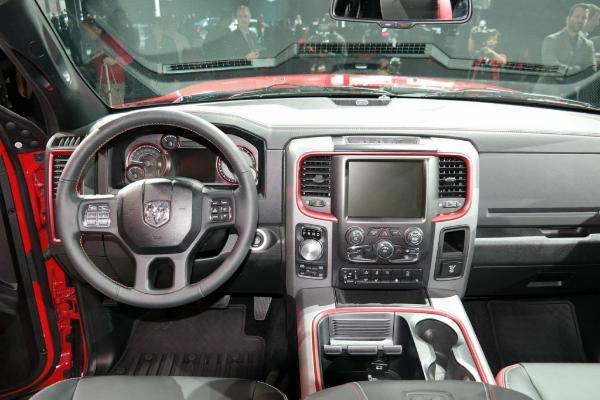Fiat Chrysler отзывает 1,25 млн пикапов по всему миру из-за дефекта в ПО