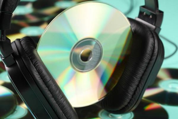 Роскомнадзор предложил отменить лицензии на тираж видео и ПО