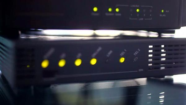 LED-индикаторы маршрутизаторов позволяют похищать данные с изолированных ПК