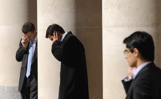 ЦБ предложил обязать операторов связи передавать банкам данные о владельцах SIM-карт