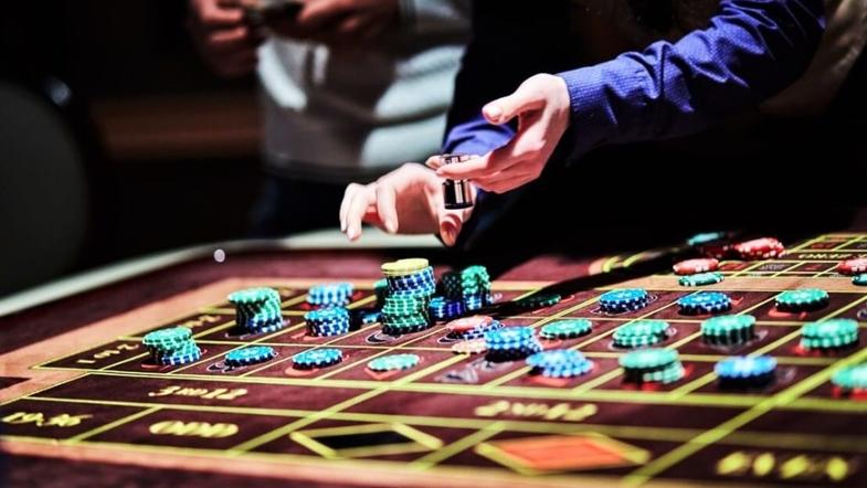 Играть на деньги в лучшие игровые автоматы на деньги одно удовольствие